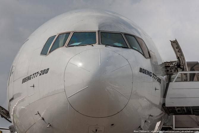 Рейс MH 17. Фото кабины у Боинга 777
