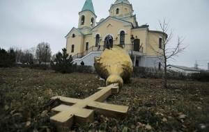 Более 60 нападений на храмы и священнослужителей произошло с начала года на Украине