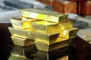 Россия маскирует «золотые» атаки на американский доллар