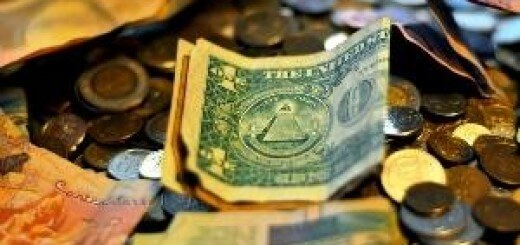 Почему нас убеждают отказаться от «живых» денег
